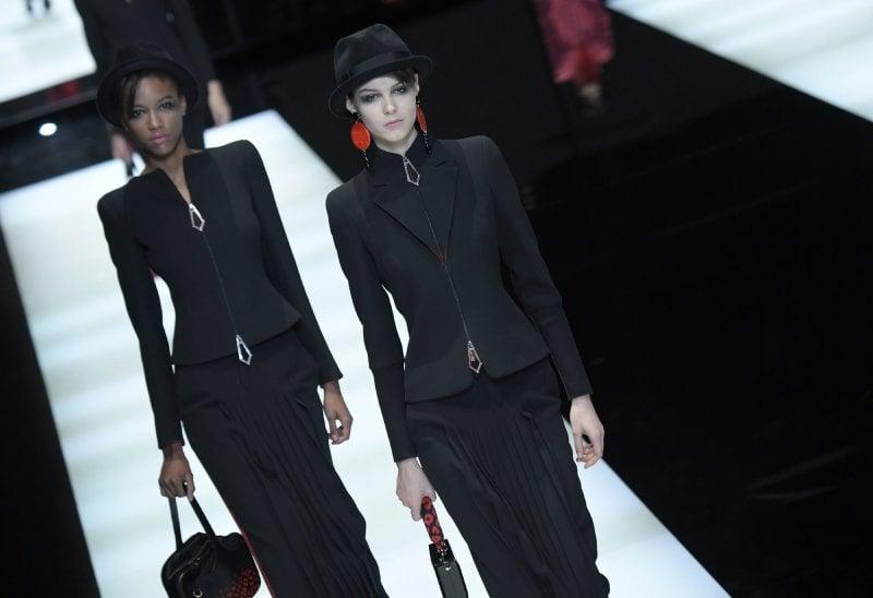 Giorgio Armani: elogio alla gonna-pantalone