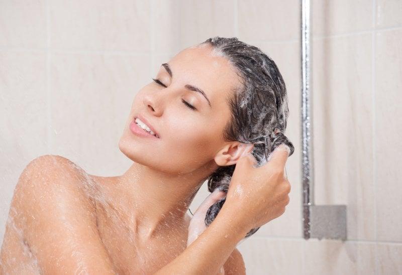 Come lavare i capelli?