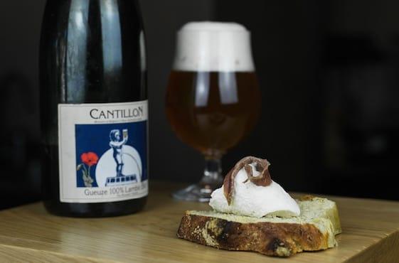 Cremeria Capolinea: gelato al burro e alici con birra Gueuze Lambic di Cantillon