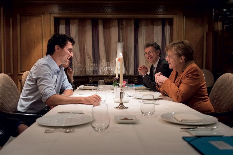 Angela Merkel a cena con Justin Trudeau, premier canadese