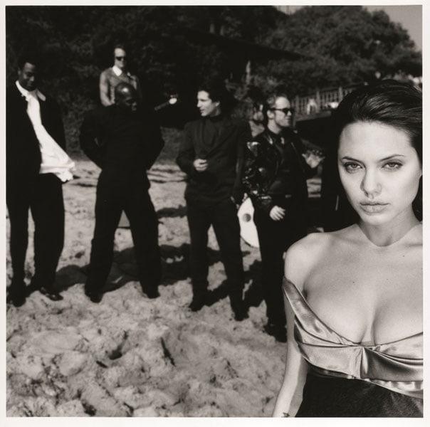 Angelina Jolie che sta uscendo