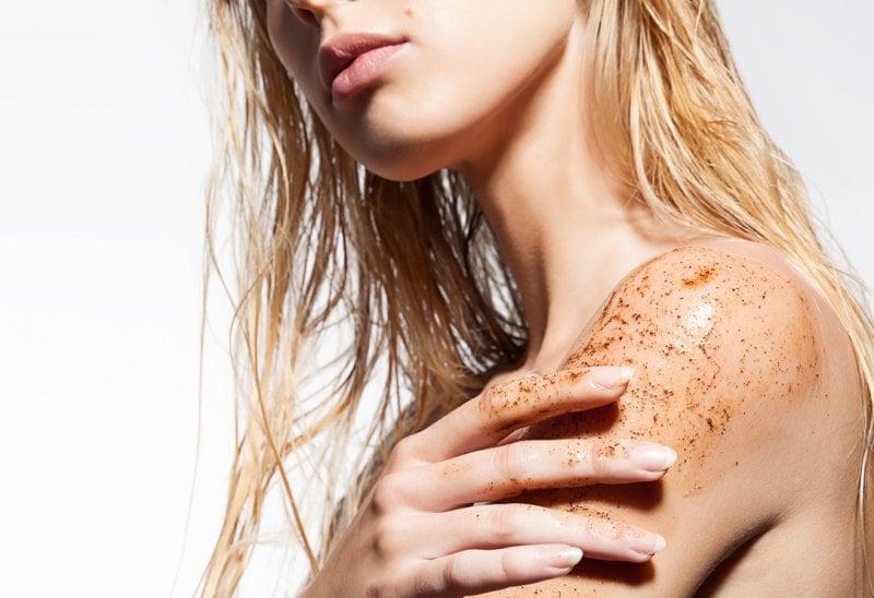 Come preparare la pelle per il sole