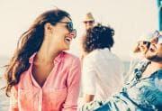 """Flirting: sai capire quando qualcuno """"ci prova"""" con te?"""