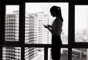 Come difendersi dall'ansia provocata dai messaggi senza risposta