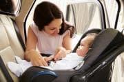 Vacanze in auto: nuove norme per gli seggiolini e i gadget più utili