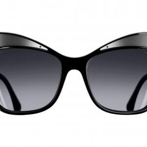 L'occhiale da sole da femme fatale
