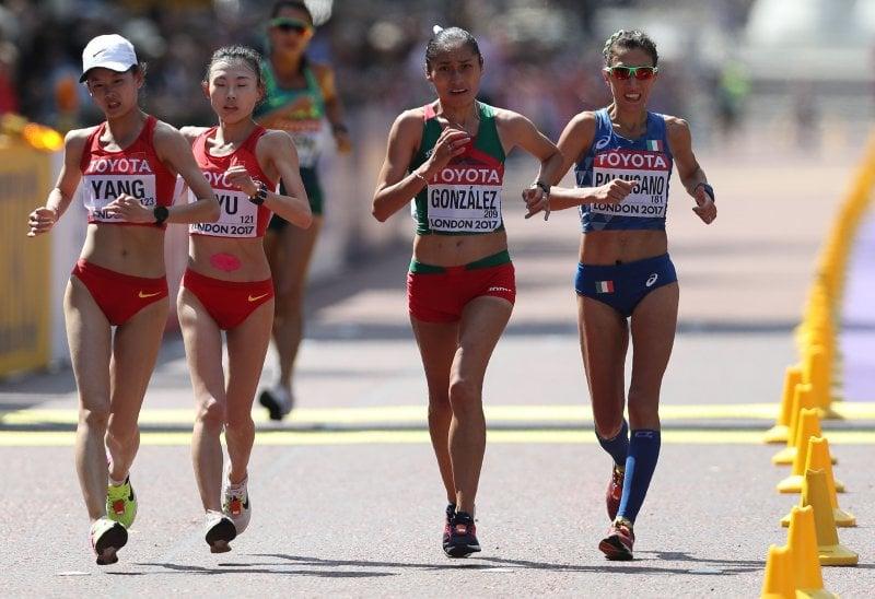 Antonalle Palmisano (a destra) nella 20 km marcia in cui ha vinto il bronzo