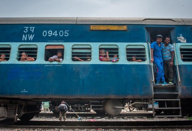 L'India viaggia in treno