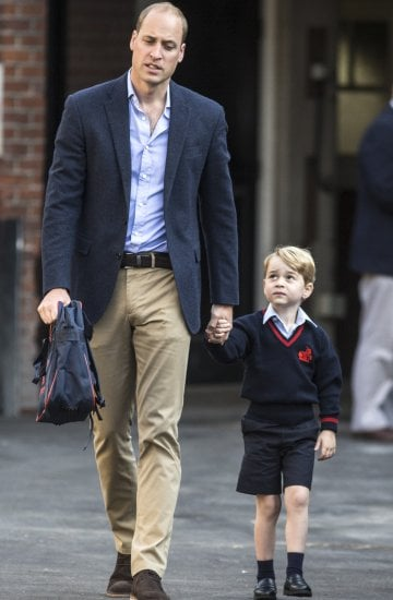 Il principino George accompagnato a scuola da papà WilliamPhoto Getty Images