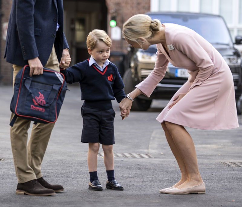 Il principino incontra Helen Haslem direttrice della Lower School Thomas's BatterseaPhoto Getty Images