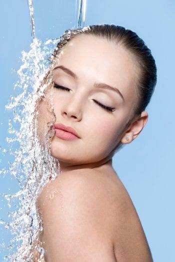 Acido ialuronico, la chiave dell'idratazione