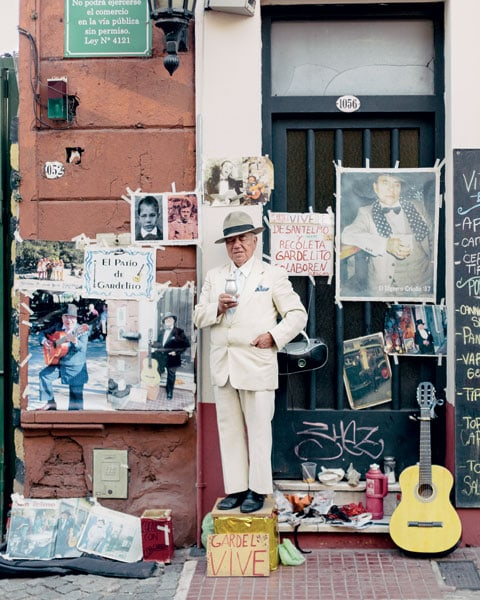 El Gardelito, musicista di strada noto e leggendario