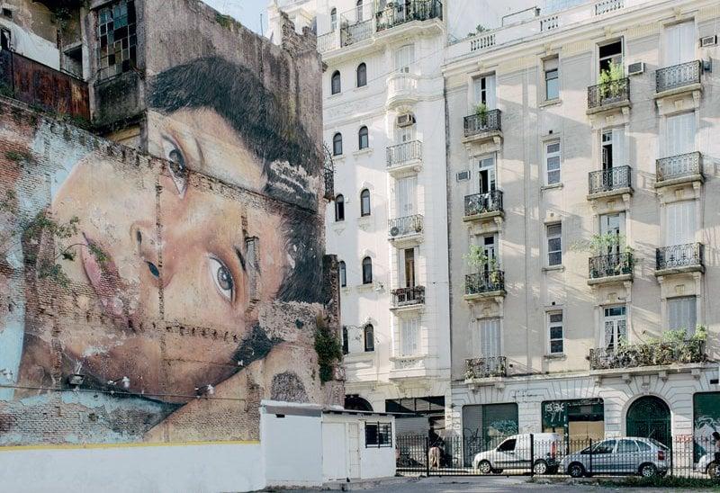 Un murale gigante a Buenos Aires.
