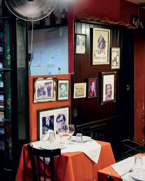 Un tavolo del Complejo Tango, a Buenos Aires.