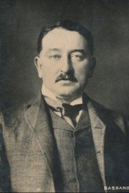 Cecil Rhodes fondò la De Beers nel 1888