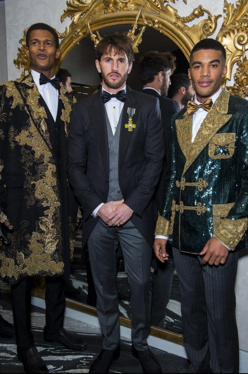 Il backstage della sfilata di Alte Sartorialità di Dolce&Gabbana; a Londra
