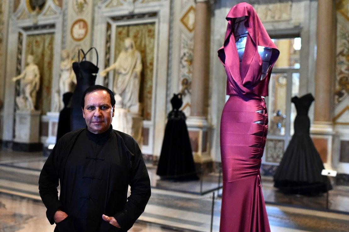 È morto Azzedine Alaia, leggenda della moda e ultimo grande maestro
