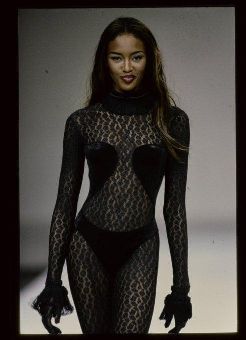 Naomi, Linda, Cindy: le supermodelle vestite da Alaia