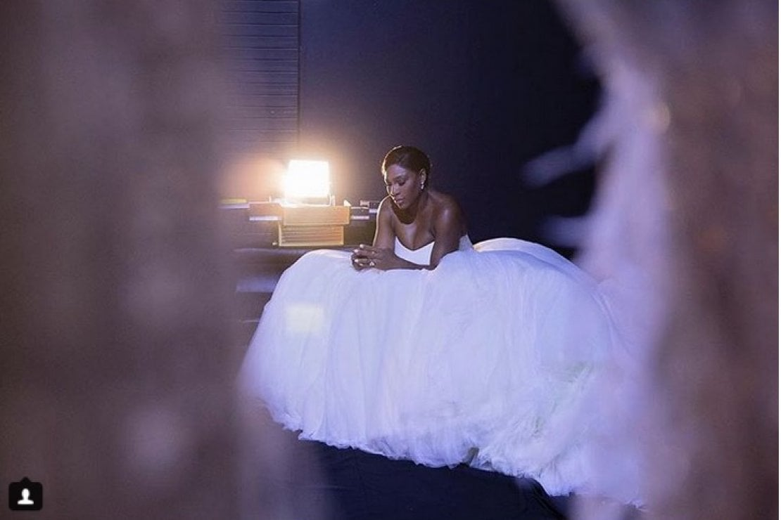 Serena Williams ha postato su Instagram una sua foto in abito da sposa