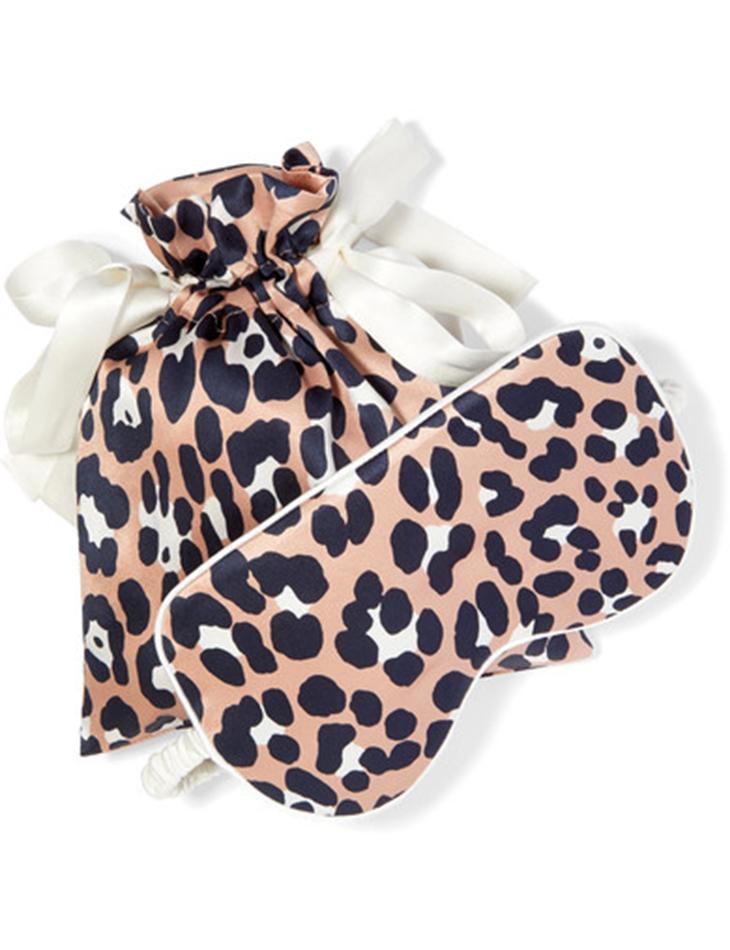 Mascherina viso di seta con sacchettino, Olivia Von Halle in vendita su Net a porter