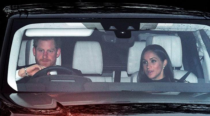 Harry e Meghan Markle arrivano a Buckingham Palace per il tradizionale pranzo pre natalizio del 20 dicemvre organizzato dalla Regina con la famiglia allargata