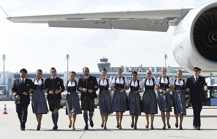 Hostess Lufthansa in dirndl