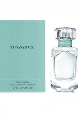 Tiffany Blue: storia di un colore iconico, dai diamanti ai profumi