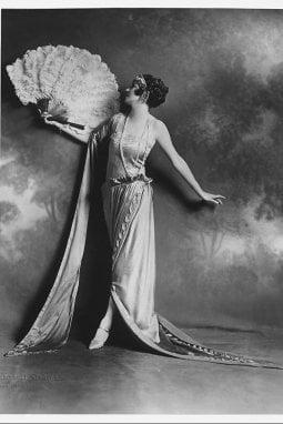 Un abito di Lucile disegnato da Lady Duff-Gordon