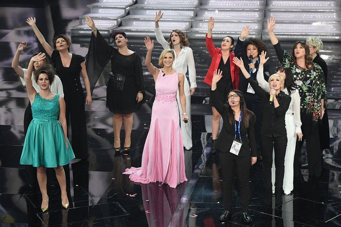 Sanremo 2018: polemiche sull'omaggio alle donne di Michelle. È maschilista