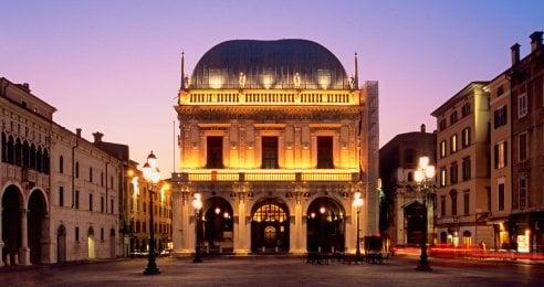 Città romantiche: la top ten italiana dei luoghi in cui si leggono più romance