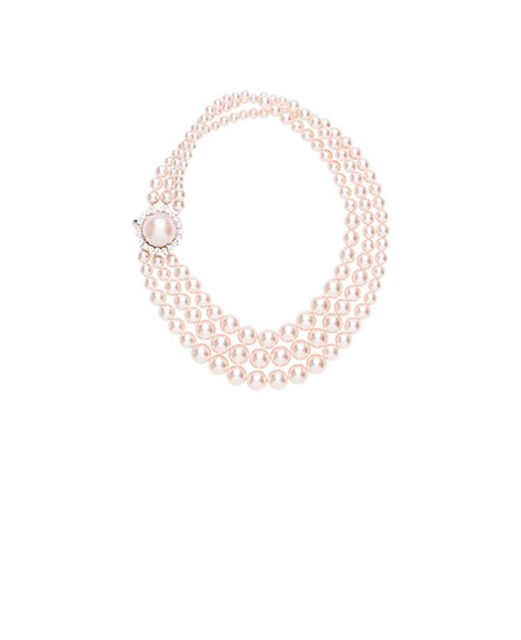 Collana di perle, Prada