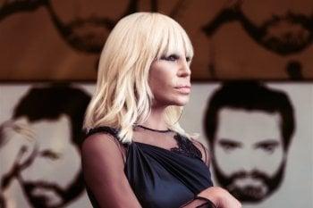 Versace come Gucci: basta con le pellicce
