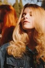 Tagli di capelli per l'estate: minimalismo, natura e urban style