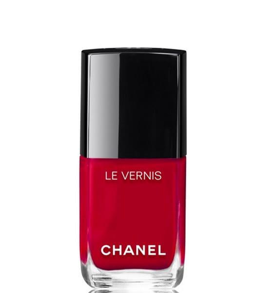 Smalto rosso, Chanel