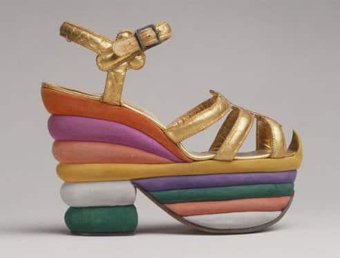 Sandalo con platform, Salvatore Ferragamo al The Metropolitan Museum