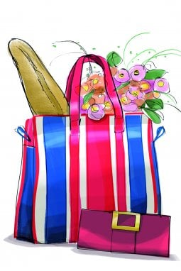 Nella shopping bag di una parigina non manca mai una pochette da sera, così è sempre pronta per ogni evenienza