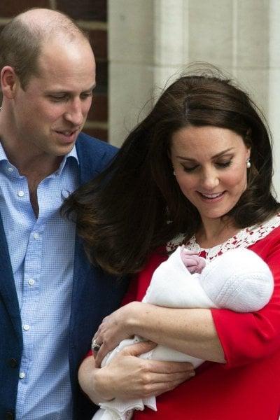 È maschio! Nato il royal baby: Kate e il principe William genitori per la terza volta