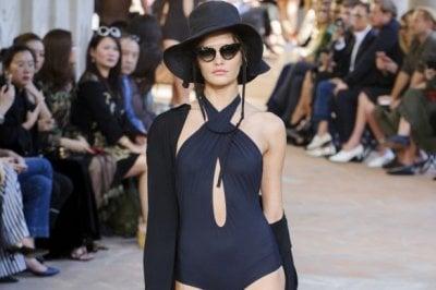 Bikini o interi: i primi costumi da avere