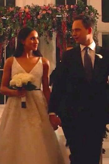Meghan Markle in abito da sposa nell'ultima puntata di Suits, stagione 7