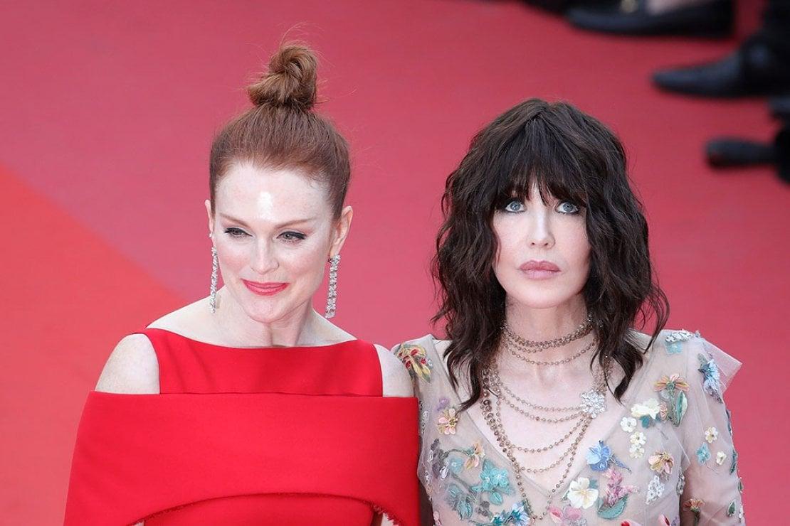 Julienne Moore e Isabelle Adjani, muse L'Oréal Paris, sul tappeto rosso del Festival di Cannes