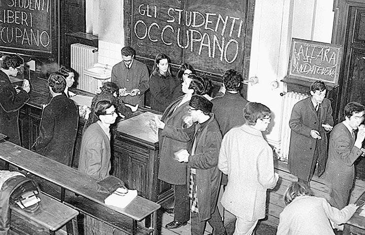 Occupazione di Palazzo Campana a Torino da parte degli studenti