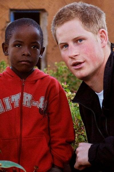 Tra gli invitati del royal wedding spunta Mutsu Potsane, un orfano africano conosciuto da Harry 14 anni fa