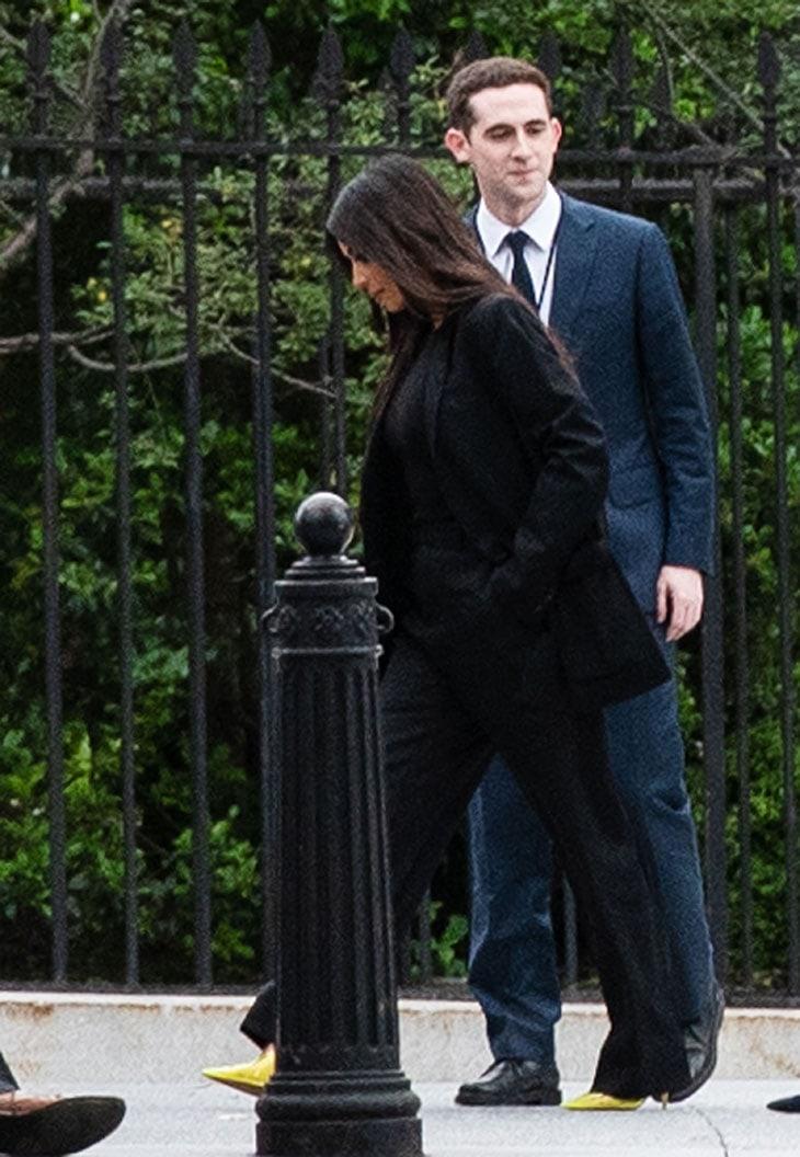 Kim Kardashian in nero per l'incontro con Donald Trump. I perché del suo look