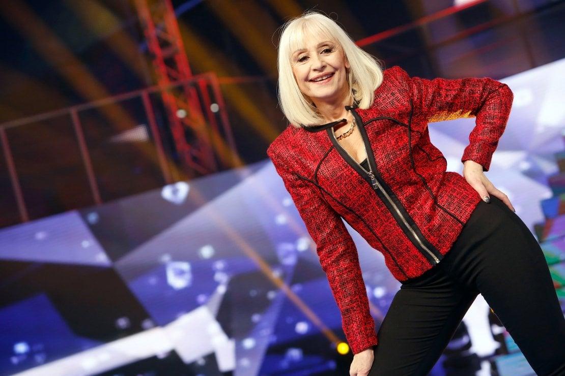 Tanti auguri Raffaella Carrà: i 77 anni della stella della TV italiana
