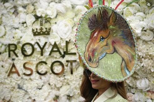 Royal Ascot  i cappelli più strani e spettacolari - Moda - D.it Repubblica eca08e0b9fc6