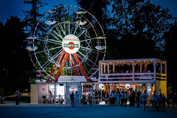 Terrazza Martini Temporary che per un tempo limitato è stata all'interno di Parco Sempione a Milano