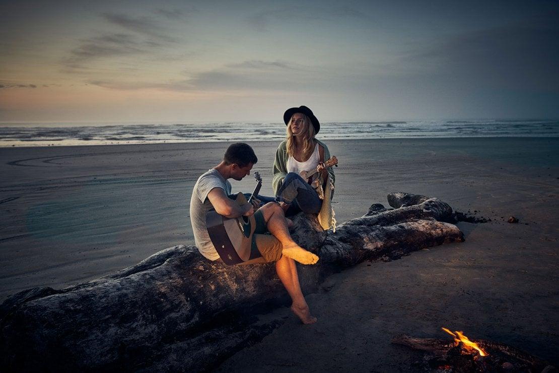 Il primo amore non si scorda mai: ecco perché le gambe continuano a tremare