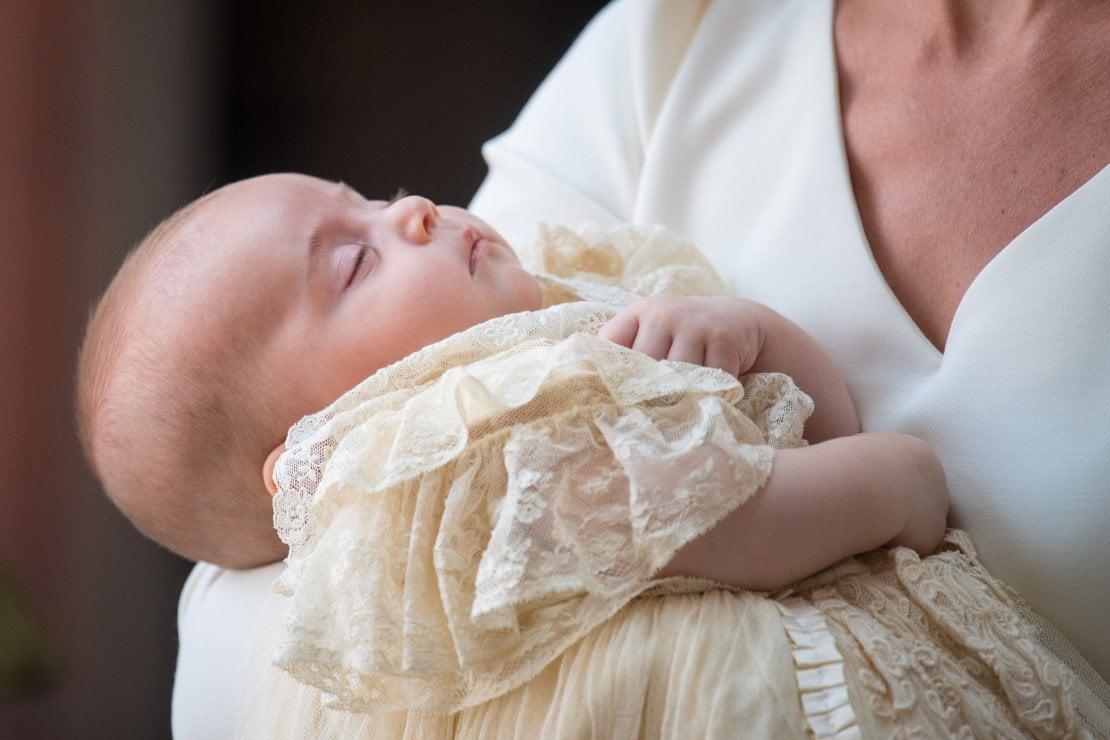 Battesimo del principino Louis: dagli abiti di Kate e Meghan Markle all'assenza della Regina, tutte le curiosità