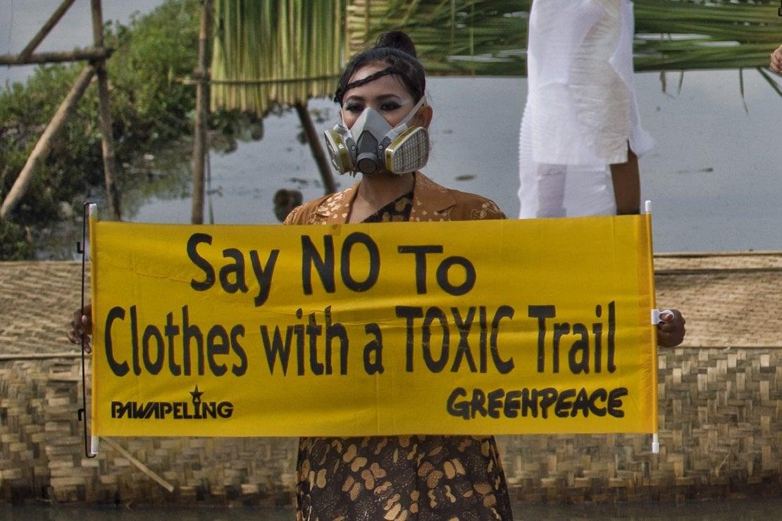 Greenpeace: la campagna Detox è un successo. Ma a dare l'esempio sono fast fashion e sportswear