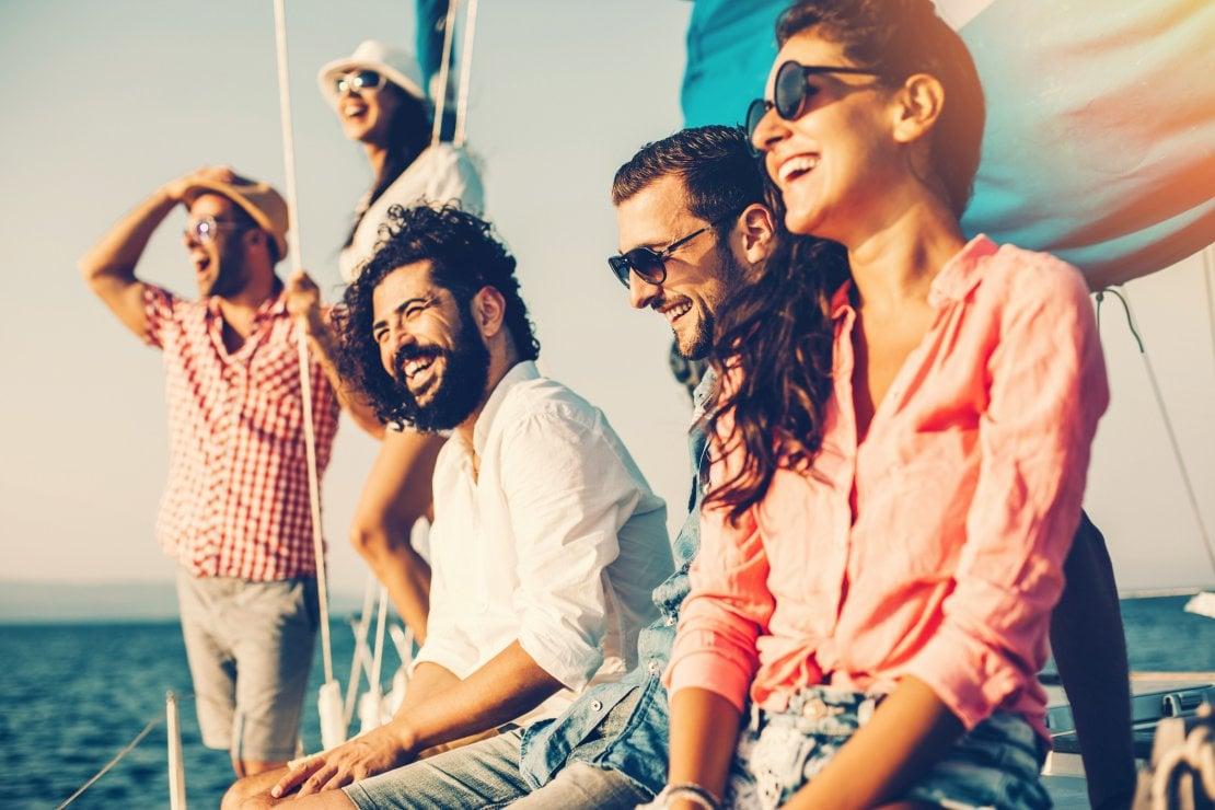 Vacanze in barca a vela: buone abitudini per convivenze felici